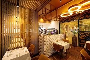 restaurant shot
